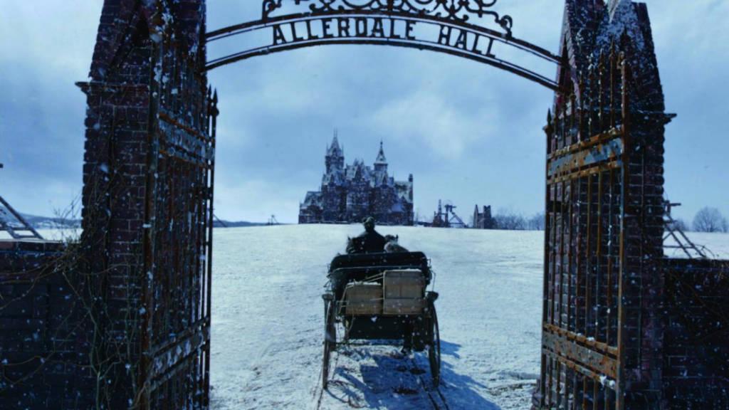 Klisékre épült kastély – Bíborhegy kritika